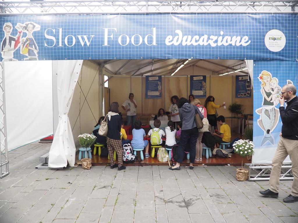 Il mercato di Slow Fish 2015